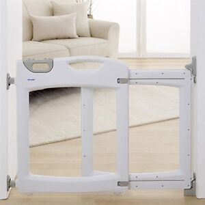 First Years Everywhere Safety Gate - *BRAND NEW* in box Willoughby Willoughby Area Preview