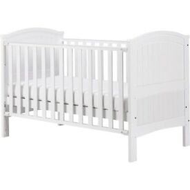 Beautiful Henley Cot Bed, looks new from smoke and pet free home