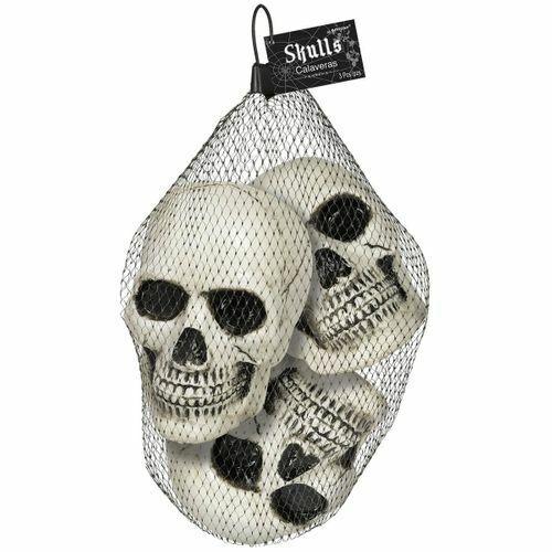 Plastic Skulls (3ct)
