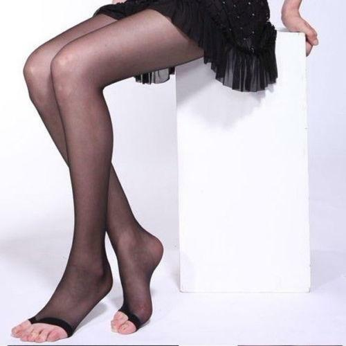 toes and pantyhose Open