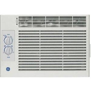 window air conditioners small and low profile ebay. Black Bedroom Furniture Sets. Home Design Ideas