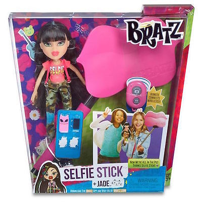 Bratz Selfie Stick &  With Doll- Jade