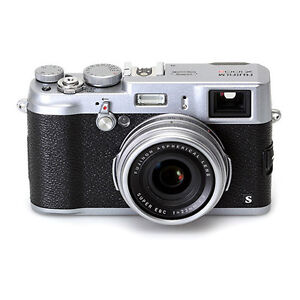NEW Fujifilm Fuji FinePix X100S 16 MP 23mm f/2 AF FHD Digital Camera IN STOCK