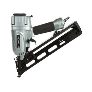 Hitachi 15 Gauge 2-1/2-in Oil-Free Angled Finish Nailer Kit NT65MA4 NEW