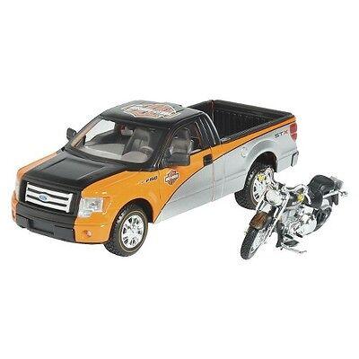 Maisto Harley-Davidson® 1:24 2000 Fat Boy® with Ford F-150 STX Pickup