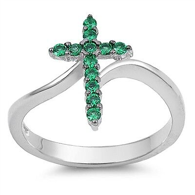 (.925 Sterling Silver Classic Simulated Emerald CZ Religious Cross Fashion Ring)