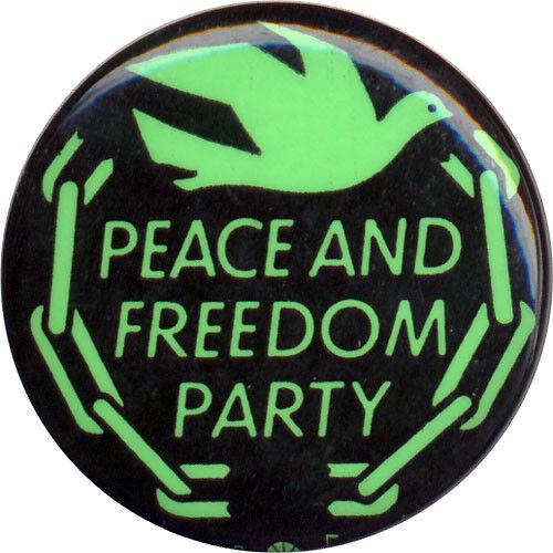 1968 Vietnam Era Peace and Freedom Party Logo Button ~ Eldridge Cleaver (1247)
