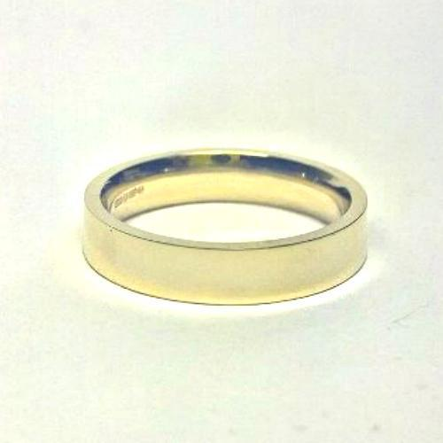 Gents 9ct Yellow Gold D-Shape Light Weight Wedding Ring in sizes Q-Z+4
