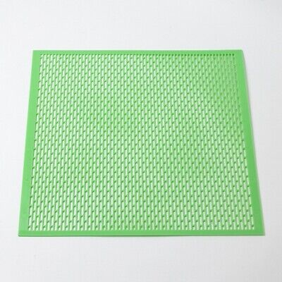 B.S National Plastic Queen Excluder - 460mm²