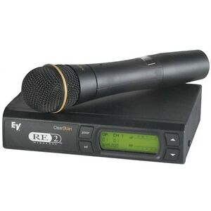 EV R2 Clear Scan Diversity UHF wireless microphone