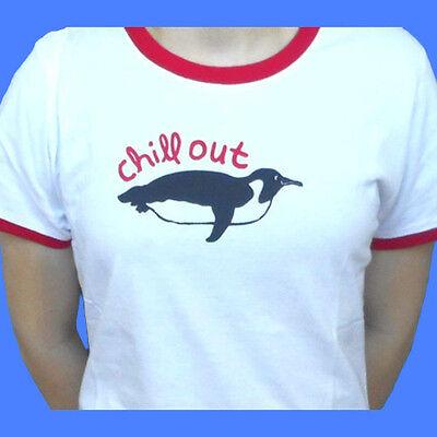 Chill Penguin (Chill Out Penguin Women's T-Shirt (M - XL))