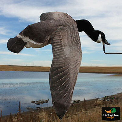 NEW WHITE ROCK DECK BOSS FLYING FLYER CANADA GOOSE DECOY FLAPPING - Goose Flying Decoy