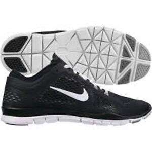 nike free tr fit all black