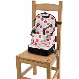 Baby and Toddler 5 Point Harness Booster seat - Polka dots