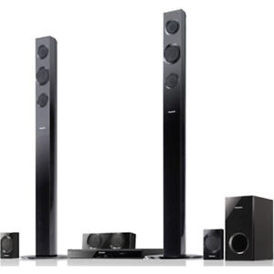 Panasonic - 5.1 3D Home Theater System - 1000 W RMS - Blu-ray Disc Player