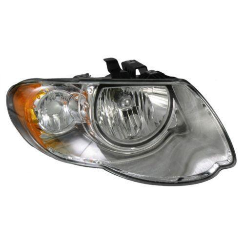 2005 Chrysler Town Country: 2005 Chrysler Town And Country Headlamp