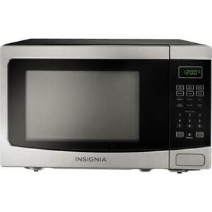 Insignia NS-MW12SS6-C Countertop Microwave 1.2 Cu. Ft. Stainless Steel/Black (Store refurbished)