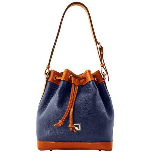 Rock Dooney & Bourke style with New York Yankees Dooney and Bourke purses at taboredesc.ga Show off your team with New York Yankees Dooney and Bourke bags, wallets and purses from the ultimate sports store.