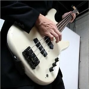 d018 learn how to play bass guitar beginners guide dvd unbranded ebay. Black Bedroom Furniture Sets. Home Design Ideas