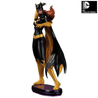 DC Comics Cover Girls Batgirl Statue available in store!
