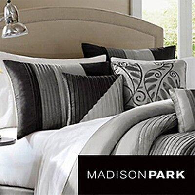 madison park infinity black grey 6 piece duvet cover set. Black Bedroom Furniture Sets. Home Design Ideas