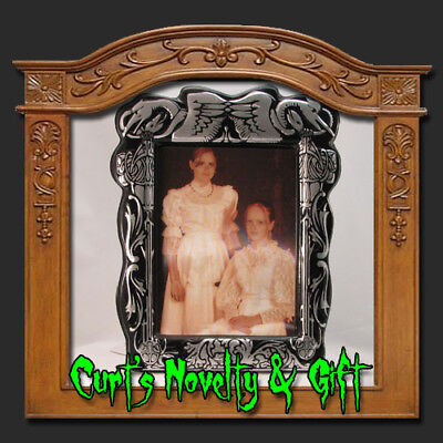 LENTICULAR HALLOWEEN PORTRAIT SISTERS TO SKELETONS SLV - Lenticular Halloween Portraits