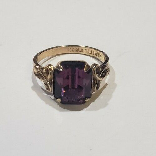 VINTAGE C&C CLARK & COOMBS 10K GOLD FILLED GLASS AMETHYST RING Size 6