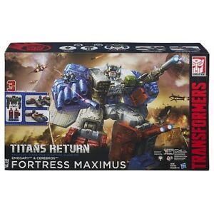 TRANSFORMERS Titans Return Fortress Maximus BNIB