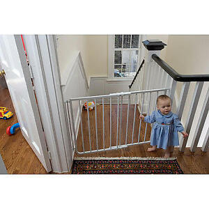 NEW STAIRWAY SPECIAL GATE WHITE RETAIL IS $90 ASKING $70 FIRM !