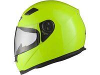 Mens Motorcycle Helmet Brand New size medium