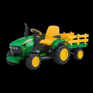 JOHN DEERE GROUND FORCE TRACTEUR & REMORQUE