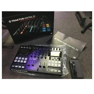 Native Instruments TRAKTOR KONTROL S5 - 4-Channel DJ System