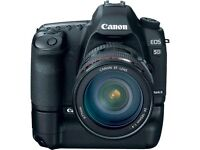 Canon 5D Mark 2 + Battery Grip + 24 - 105 L Lens