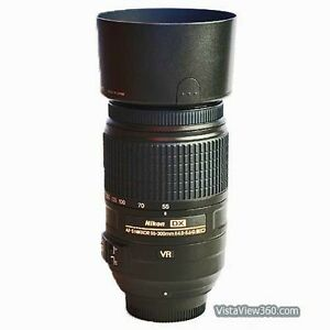 NIKON DX 55-300mm VR lens in excellent condition
