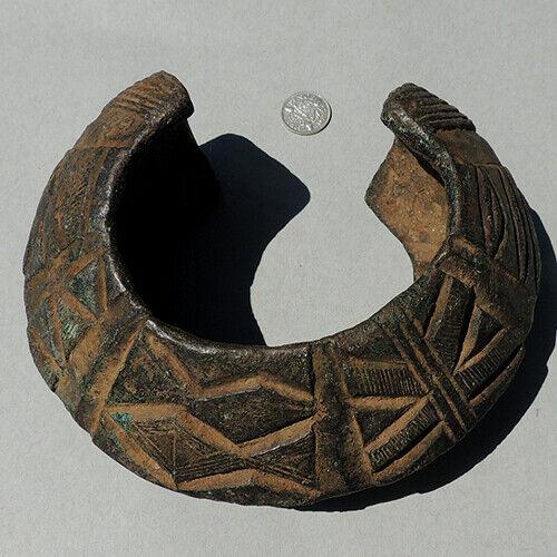 antique old 3 lb decorated copper alloy bronze african bracelet nigeria #166