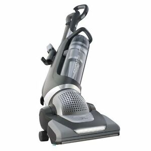Electrolux Nimble upright Vacuum Cleaner swivel HEPA Bagless