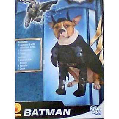 BATMAN -THE DARK KNIGHT RISES DOG COSTUME SIZE (Batman Dark Knight Hunde Kostüm)