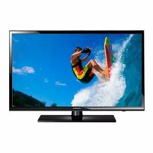 """SAMSUNG 60"""" LED SMART TV *NEW IN BOX*"""