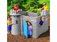 Little Tikes Classic Castle outdoor garden toy