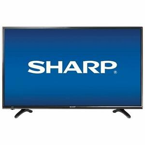 "***BRAND NEW Sharp 40"" 1080p LED TV (LC-40LCLB480U)***"