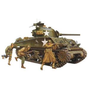TAMIYA 35250 M4A3 Sherman Tank w/75mm Gun & 3 figs. 1:35 Military Model Kit