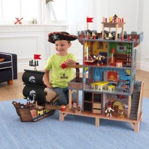 KidKraft Wooden Pirate Cove Playset