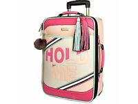 RIVER ISLAND CABIN SUITCASE PINK HOLD ME SLOGAN NEW STILL WRAPPED CAN DELIVER WIRRAL FLINT AREA