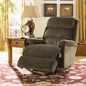 Lazy boy recliner ! Paid $1000 for it London Ontario image 1