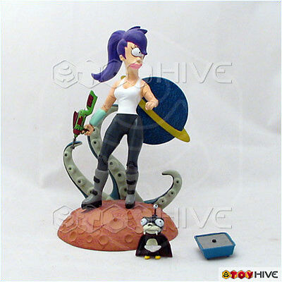 Futurama  Leela action figure loose complete - by Clayburn Moore Collectibles