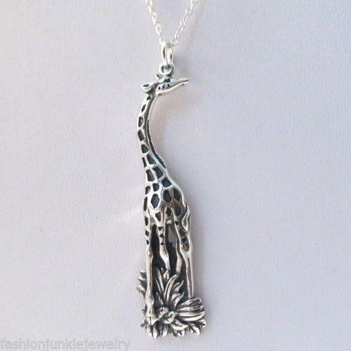 Giraffe Charm Bracelet: Giraffe Jewelry