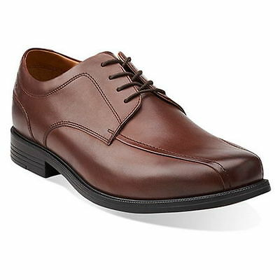 New Clarks Collection Beeston Stride  Mens Leather Oxfords Shoes Sz 10 5Us