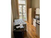 Semi-Studio With Balcony To Rent Hogarth Road, Earls Court SW5 0PU