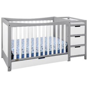 Graco Remi 4-in-1 Convertible Crib and Changer-White/Pebble Grey
