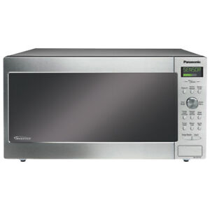 * NO TAX Panasonic Microwave 1.6 Cu.Ft. Stainless NNSD773S